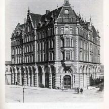Das Haus Hannover in der Königstraße 1. In diesem Hause im 1. Stock hatte die Freimaurerloge Baldur ihr Heim von 1906 - 1912.